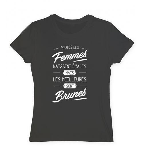 Tee shirt brunette